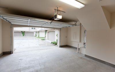 Jak otworzyć bramę garażową elektryczną gdy braknie prądu